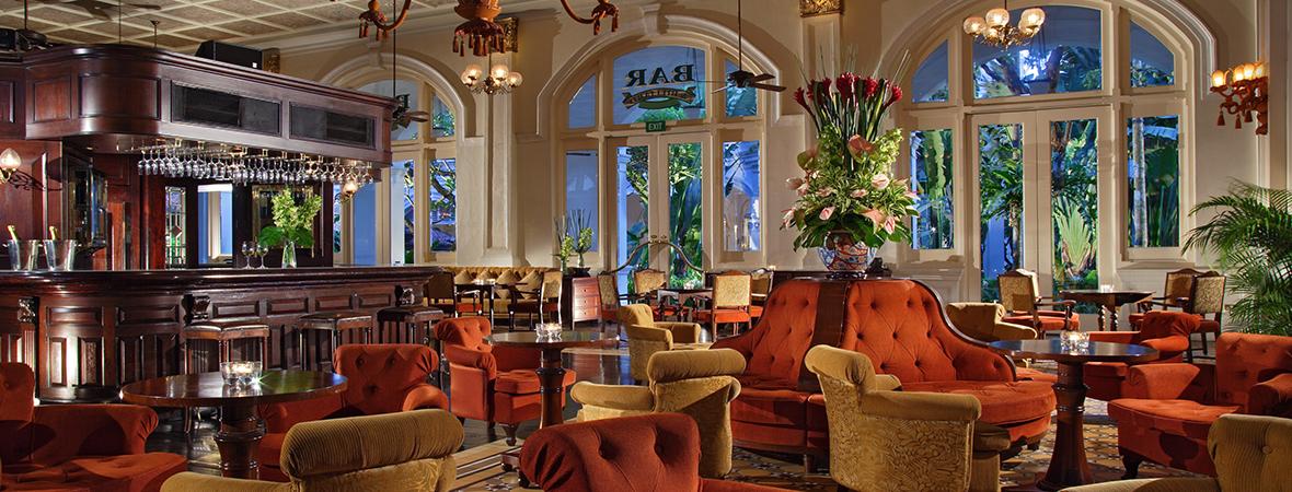 シンガポールが誇る名門ホテル</p>ラッフルズ シンガポール3泊4日