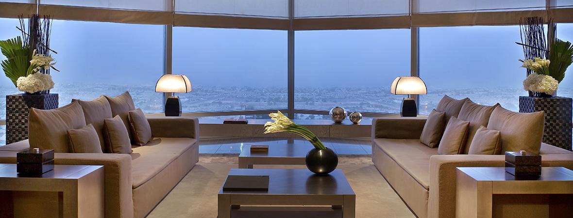 洗練された上質な空間で寛ぐ</p> アルマーニ ホテル ドバイ3泊5日