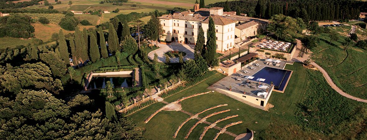 1000年の歴史ある古城ホテル</p>ベルモンド カステッロ ディ カーゾレ3泊5日